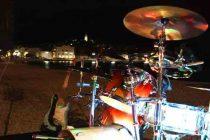Fenix večeras na plaži!
