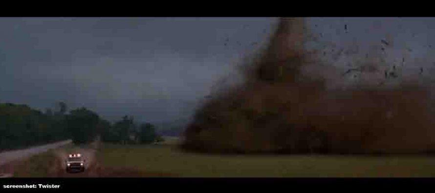 Pogledajte najdramatičniju snimku tornada u Hrvatskoj ikada!