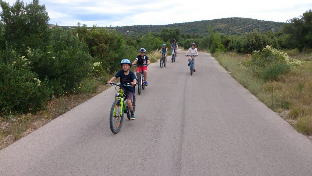 kids, rent, bike, family, guide