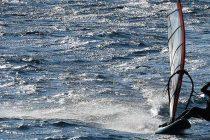 Ive Fanatik iskoristio vjetar za guštanje u surfanju