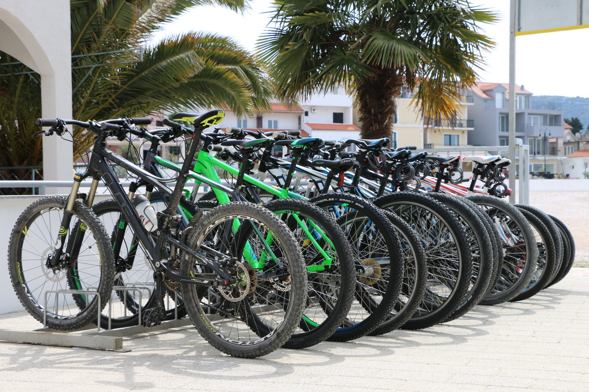 ibike sibenik, rent a bike, service, cube, ktm, ghost, specialized