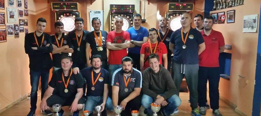 Završena pikado sezona: Oliva X za bod propustila 2. mjesto