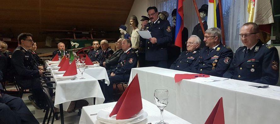 Pobratimili se primoštenski i slovenski vatrogasci