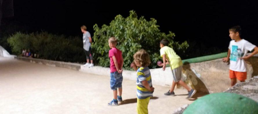 Večeras u Šermudovima finale u balotama za djecu