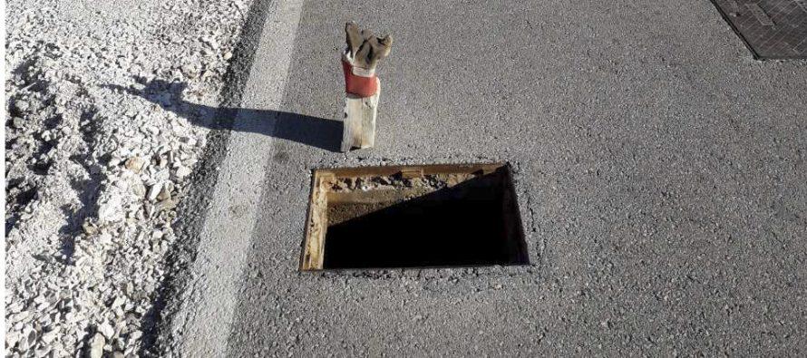 OPREZ, OPASNOST !!! Nestao poklopac šahta na cesti iznad Aurore !!!