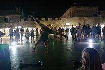 VIDEO – Akrobacije i ples na Pisku