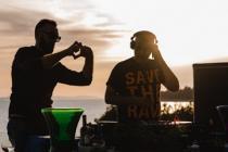 SPOJ GLAZBE I GASTRONOMIJE U BILOM: SuggaDaddy je pripremio još jedno izdanje vrhunskogspoja gastronomije, odlične elektroničke glazbe, sunca i prekrasnog mora