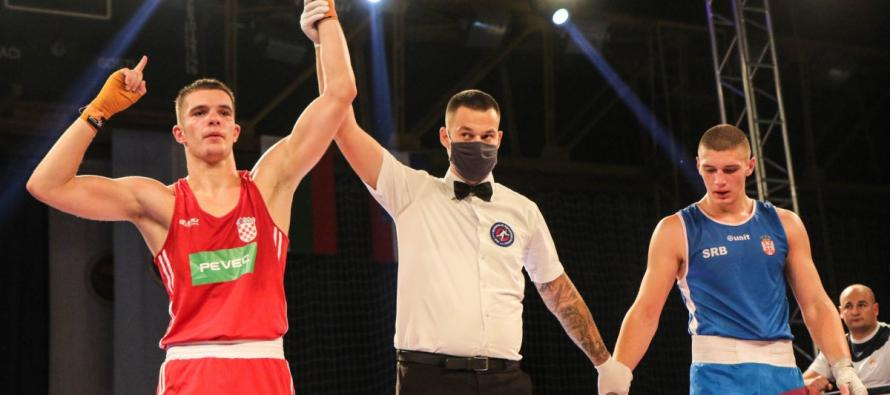 """Kristijan Duje Gaćina osvojio zlato na jakom međunarodnom boksačkom turniru """"Vojvođanska zlatna rukavica"""""""