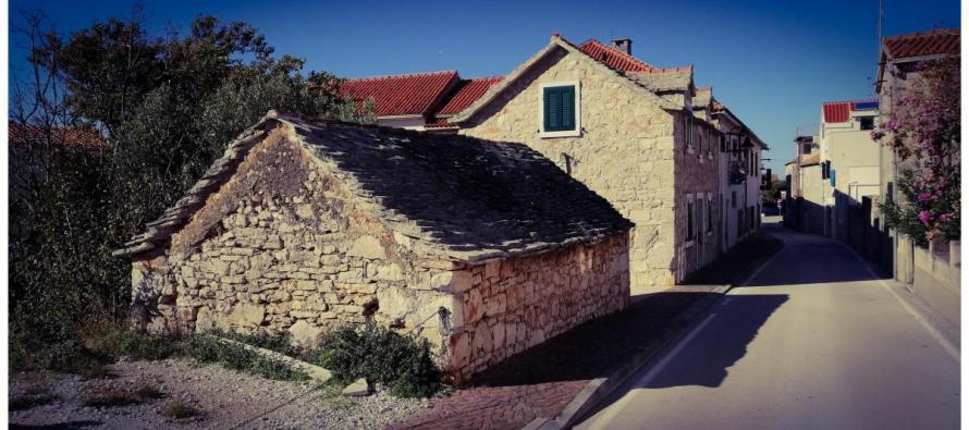 FOTO DANA: Stara kuća u ulici Varoš