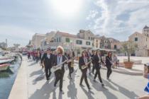 Novi predsjednik Zajednice puhačkih orkestara sjeverne i srednje Dalmacije je Vodičanin Ante Cukrov, a nova je tajnica Primoštenka Ivana Šarić